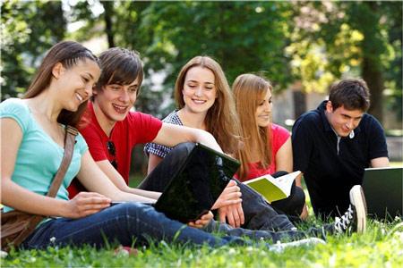 Sinh viên du học lo sợ sự khác biệt về văn hóa