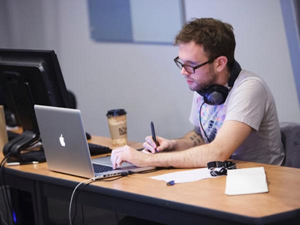 Có rất nhiều trường đào tạo ngành công nghệ thông tin khối D